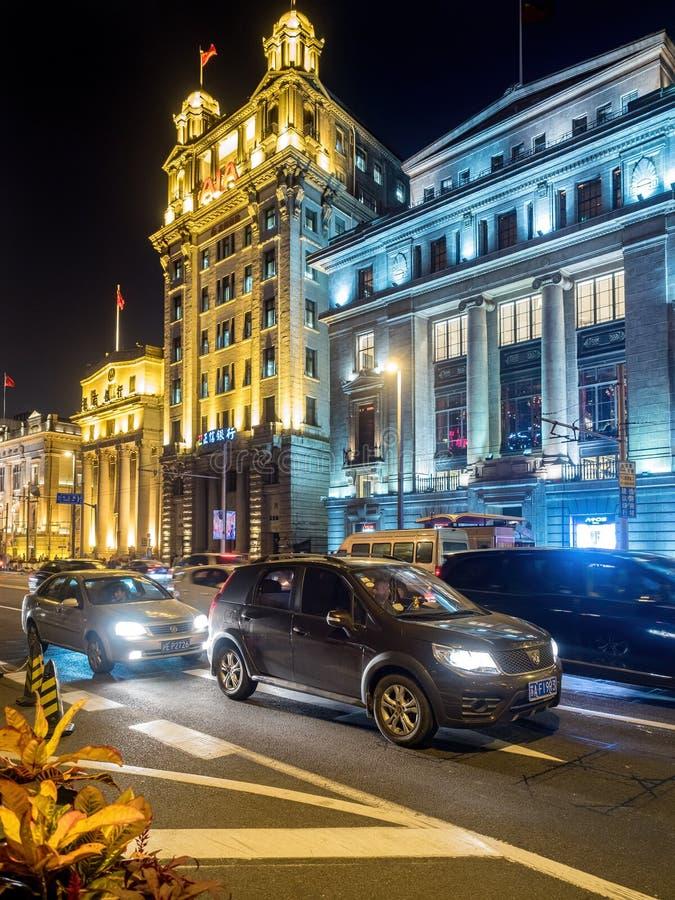 Vue de nuit sur Bund, Changhaï, Chine photographie stock libre de droits