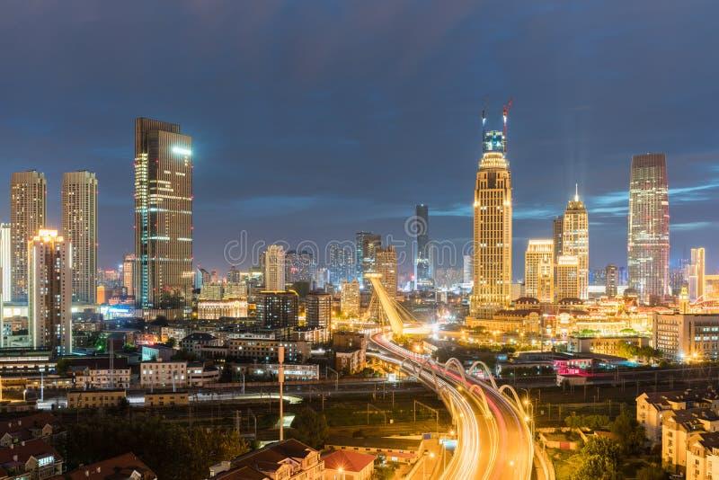 Vue de nuit de Tianjin images libres de droits