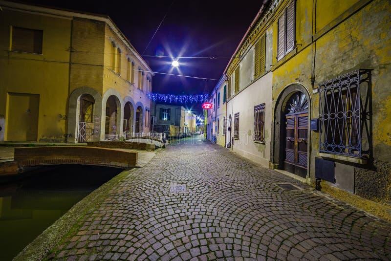 Vue de nuit de ville de lagune photo libre de droits