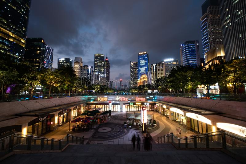 Vue de nuit de ville moderne, Guangzhou, porcelaine photo stock