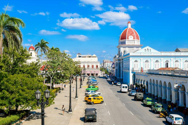 vue de palais de Ferrer, Cienfuegos, Cuba photographie stock libre de droits