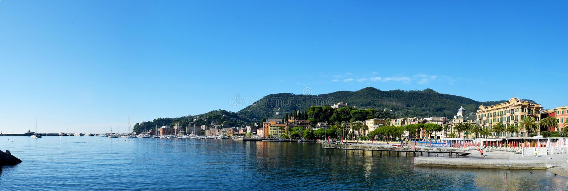 Vue de panorama au-dessus de station de vacances de Santa Margherita Ligure photographie stock