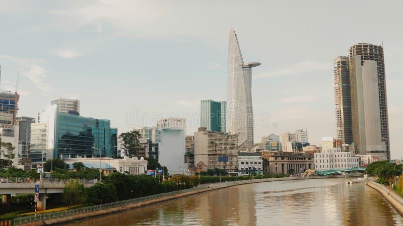Vue de panorama de Ho Chi Minh City le soir vietnam images stock