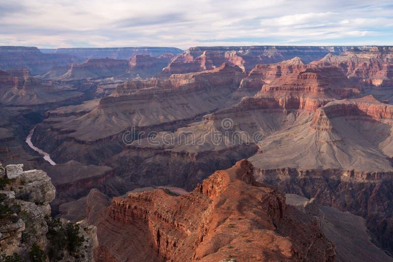 Vue de parc national de Grand Canyon de point de Mohave au-dessus du fleuve Colorado photos libres de droits