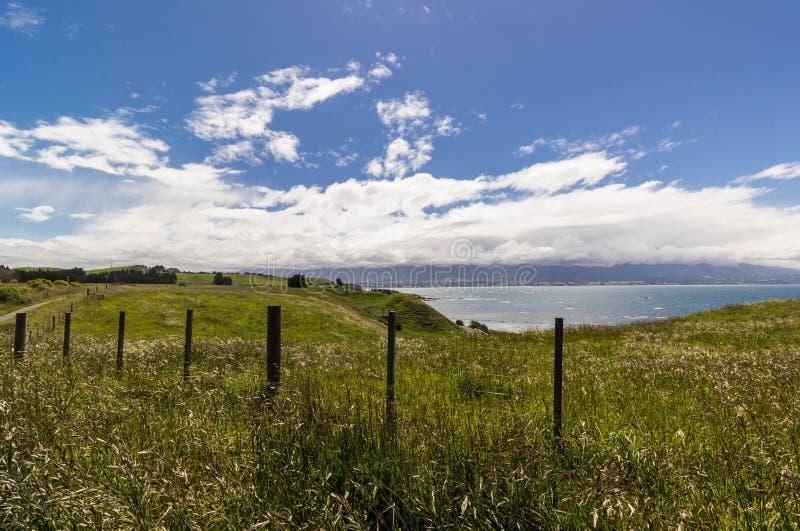 Vue de passage couvert de péninsule de Kaikoura photographie stock