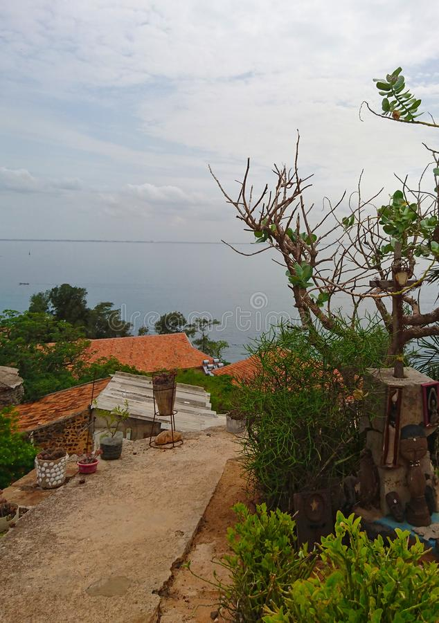 Vue de paysage d'île de Goree au Sénégal photos stock