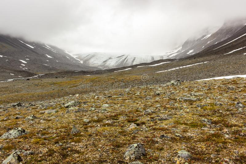 Vue de paysage dans le nord suédois image stock
