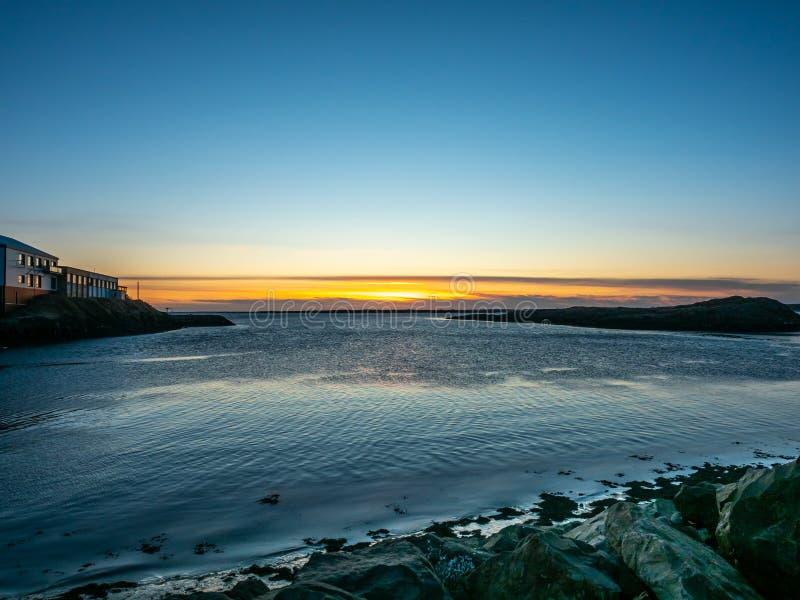 Vue de paysage marin dans Borganes, Islande image libre de droits