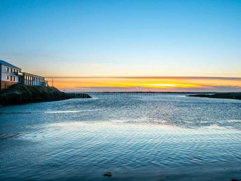 Vue de paysage marin dans Borganes, Islande images stock