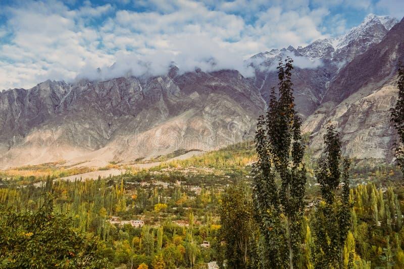 Vue de paysage de nature en vallée de Hunza Gilgit baltistan, Pakistan image stock