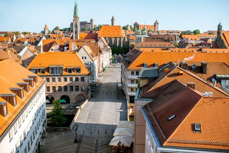 Vue de paysage urbain de matin sur la ville de Nurnberg, Allemagne photos libres de droits