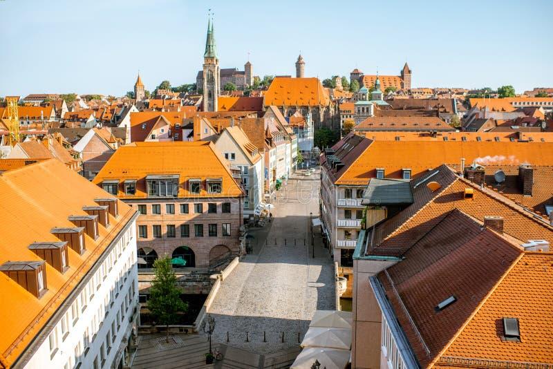 Vue de paysage urbain de matin sur la ville de Nurnberg, Allemagne photographie stock