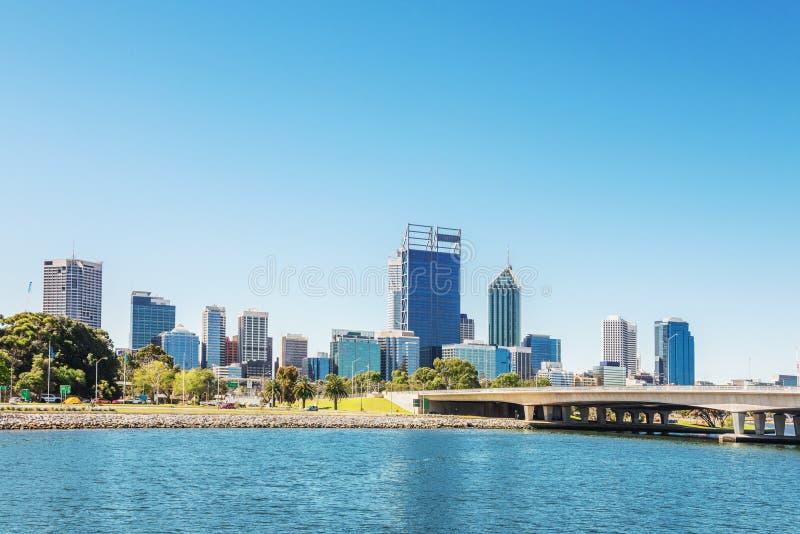 Vue de Perth à midi photographie stock