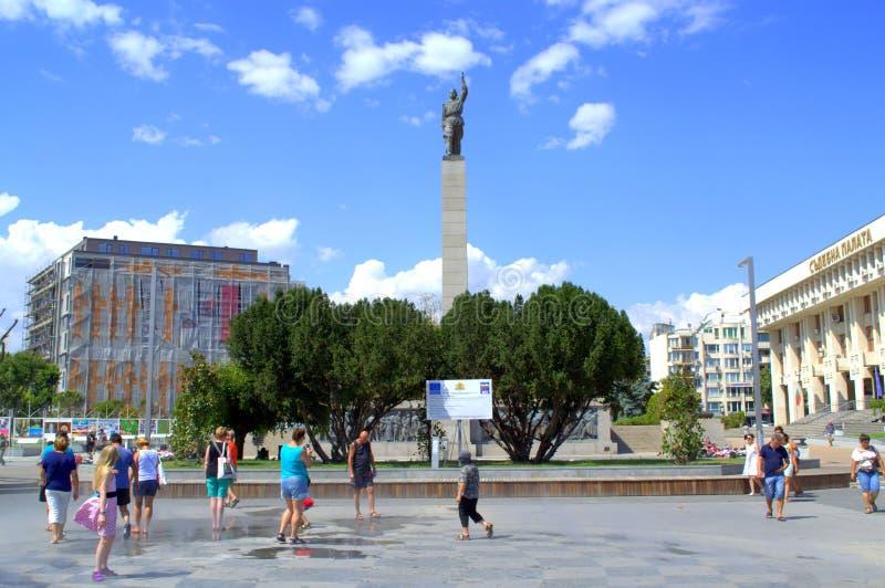Vue de place de Burgas images stock