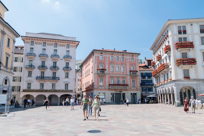 Vue de place de Piazza Riforma photographie stock