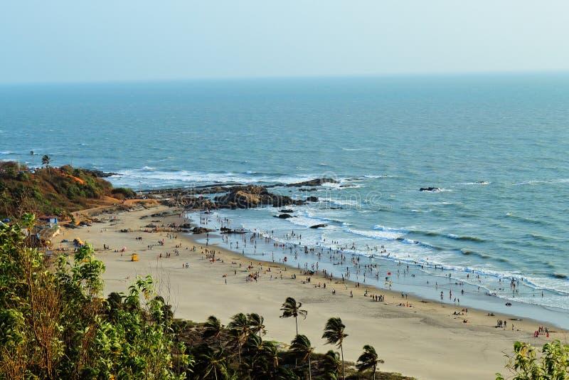 Vue de plage chez Goa de montagne images libres de droits