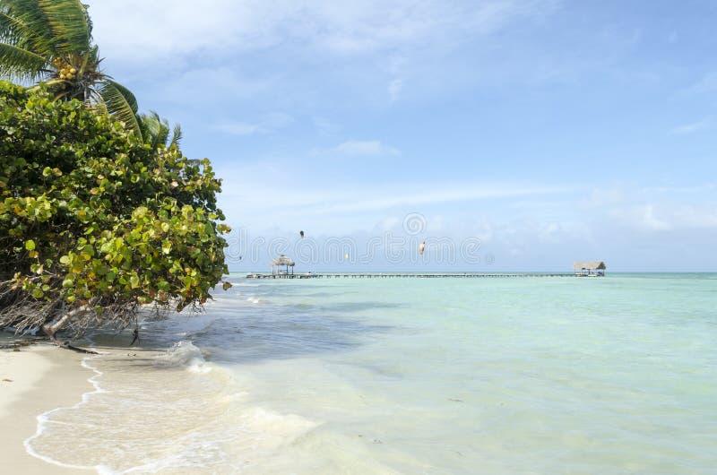 Vue de plage tropicale en Cayo Guillermo photos stock