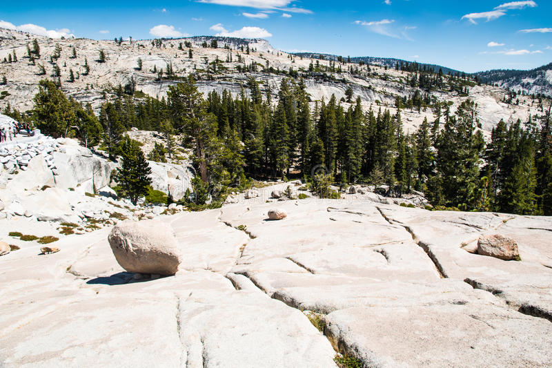 Vue de point d'Olmsted en parc national de Yosemite image stock