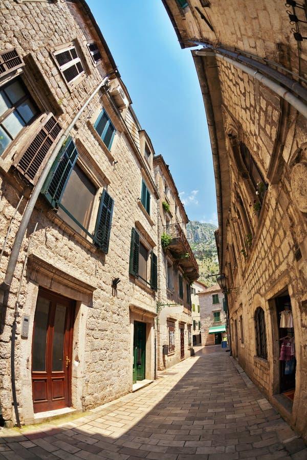 vue de Poisson-oeil de la vieille ville sur le fond de ciel image stock