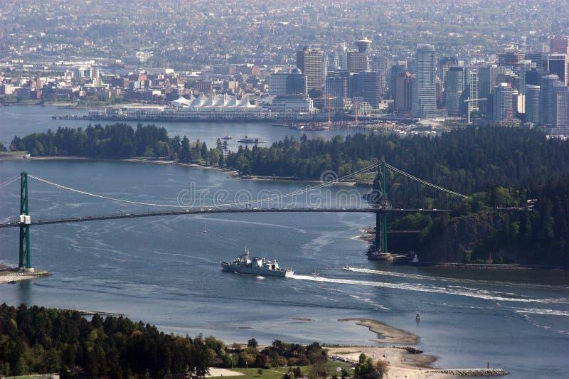 Vue de pont en porte de Vancouver et de lions photo libre de droits