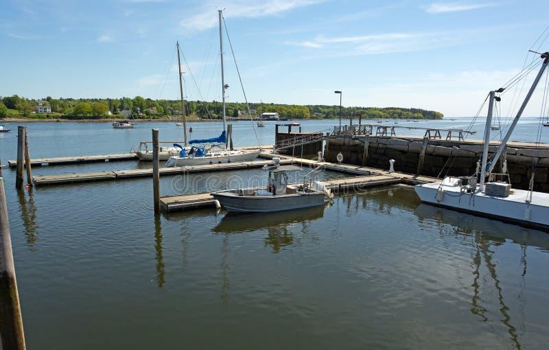 Vue de port à Belfast, Maine image stock