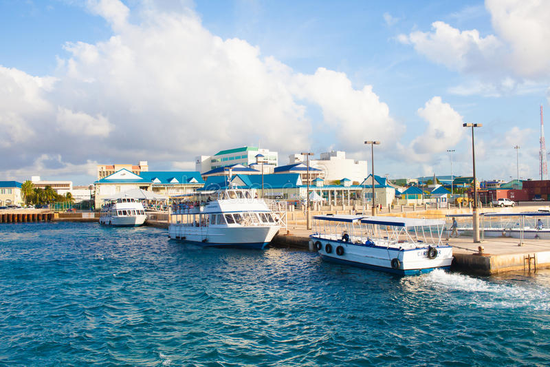 Vue de port photographie stock libre de droits