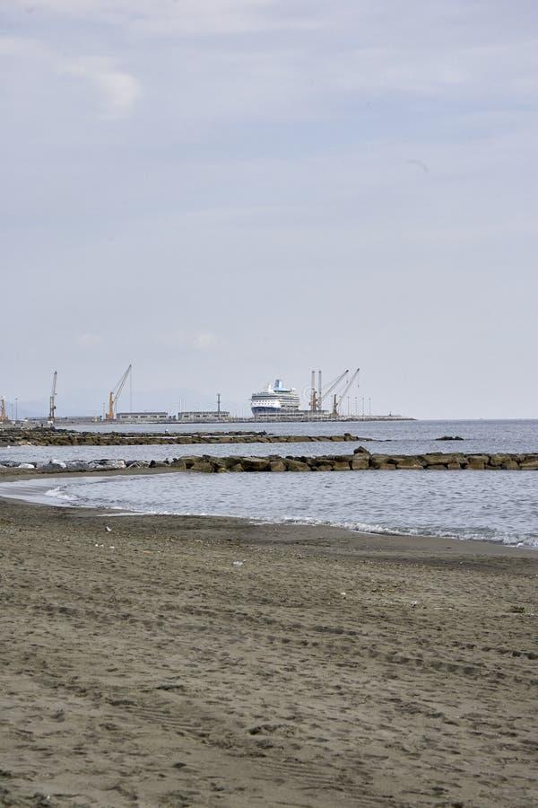 vue de port de Carrare de Di de marina photos libres de droits