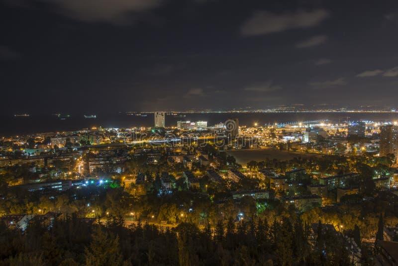 Vue de port de Haïfa du mont Carmel photographie stock libre de droits