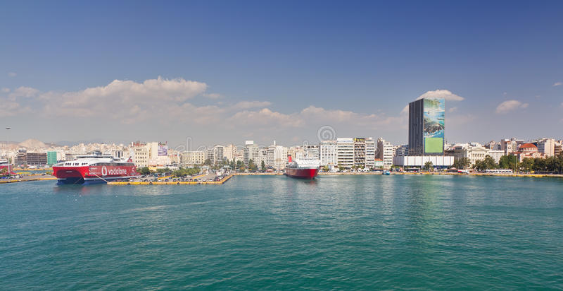 Vue de port de Le Pirée, Grèce images stock