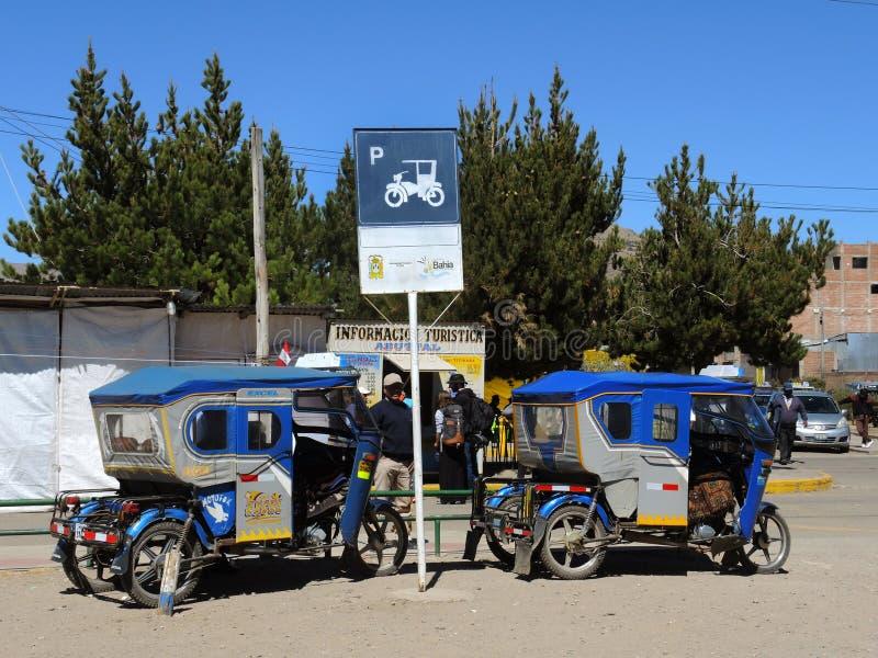Download Vue de Puno, Pérou image stock éditorial. Image du pauvreté - 77157699