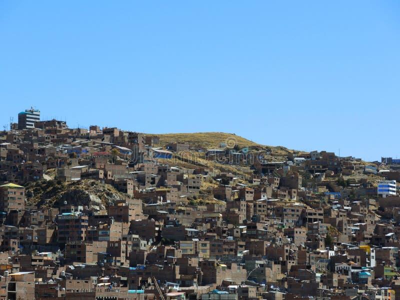Download Vue de Puno, Pérou photo stock. Image du latin, règlement - 77157944