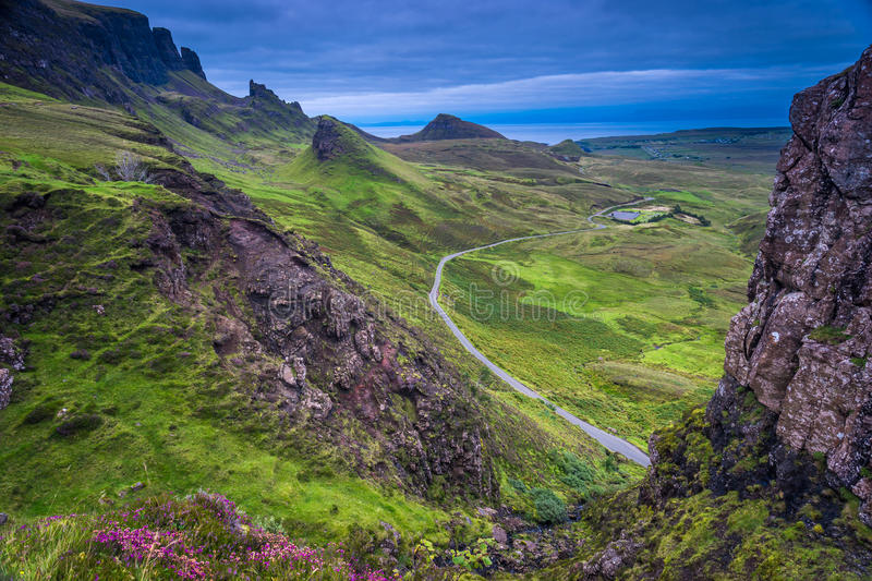 Vue de Quiraing au crépuscule photo stock