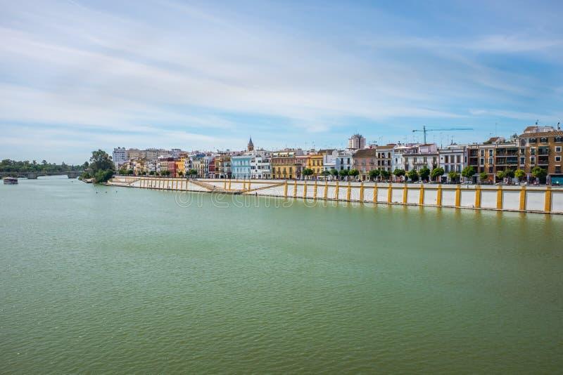 Vue de rivière du Guadalquivir en Séville, Espagne photo libre de droits