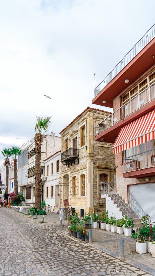 Vue de rue à la FOCA Izmir photos libres de droits