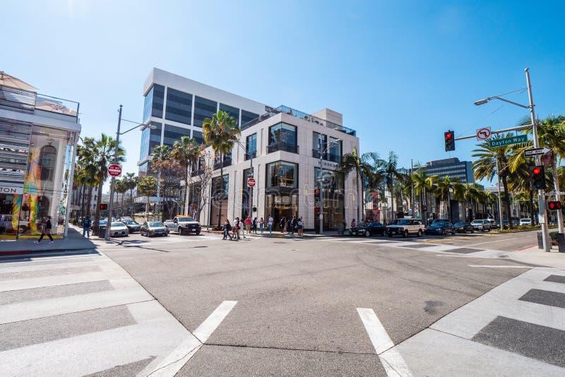 Vue de rue chez Rodeo Drive en Beverly Hills - CALIFORNIE, Etats-Unis - 18 MARS 2019 images stock