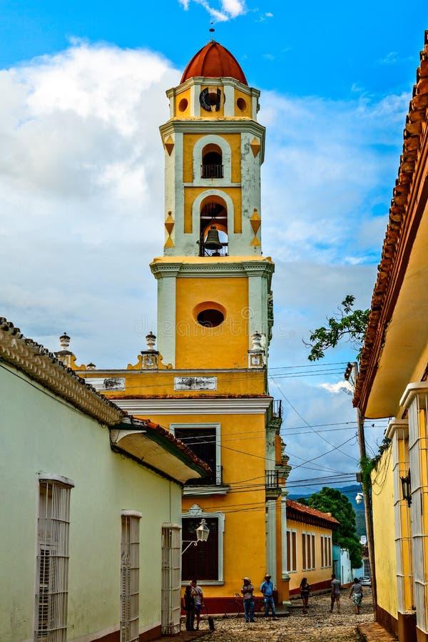Vue de rue d'église de San Francisco De Asis, Trinidad photo libre de droits