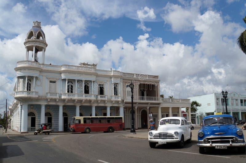 Vue de rue de Cienfuegos, le palais de Ferrrer photo libre de droits