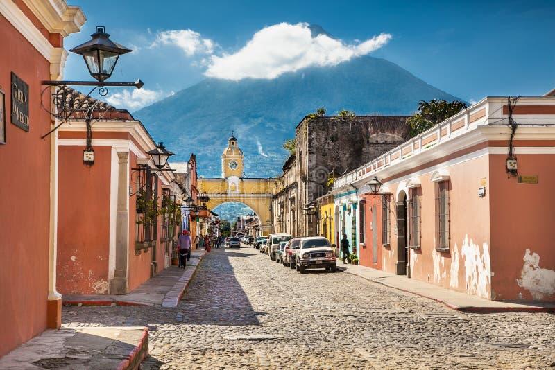 Vue de rue de l'Antigua, Guatemala image libre de droits
