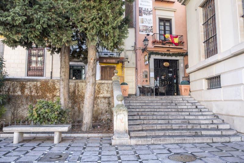 Vue de rue, place centrale historique, plaza Santa Ana Grenade, S images stock