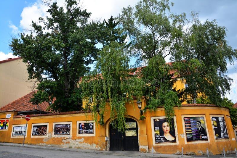 Vue de rue de ville dans la vieille ville de Zagreb photo libre de droits