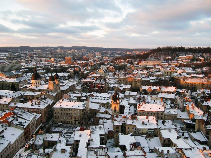 Vue de s-oeil de ` d'oiseau de Lviv image stock