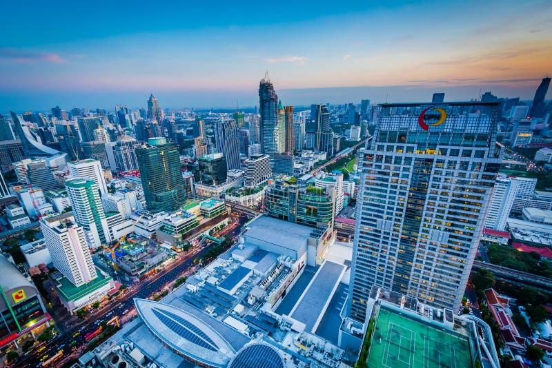 Download Vue De Siam District Moderne Au Coucher Du Soleil, à Bangkok, La Thaïlande Photo éditorial - Image du ville, couleur: 76088481