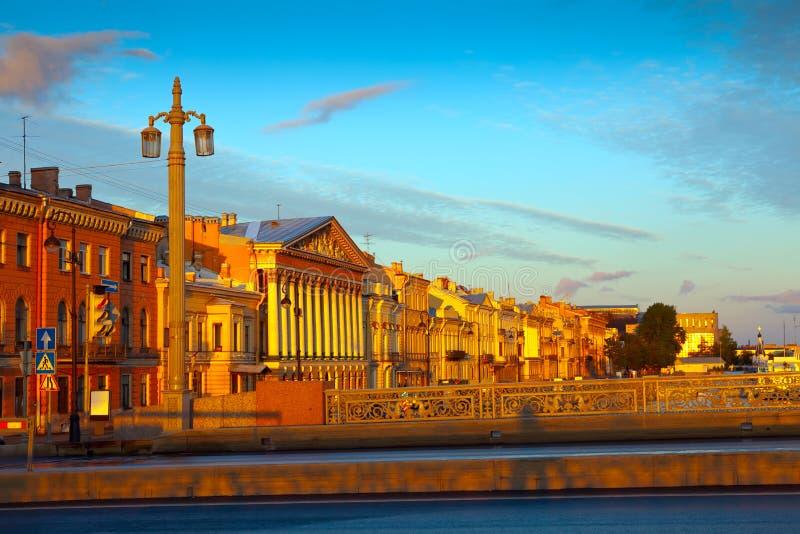 Vue de St Petersburg en matin photo libre de droits