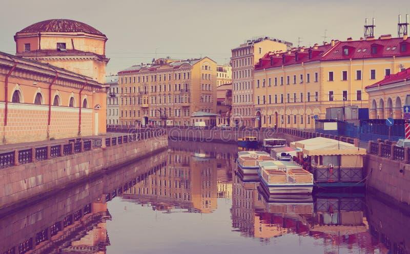 Vue de St Petersburg Fleuve de Moyka photo stock