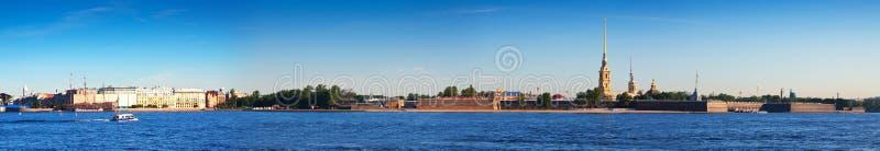 Vue de St Petersburg Forteresse de Peter et de Paul images stock