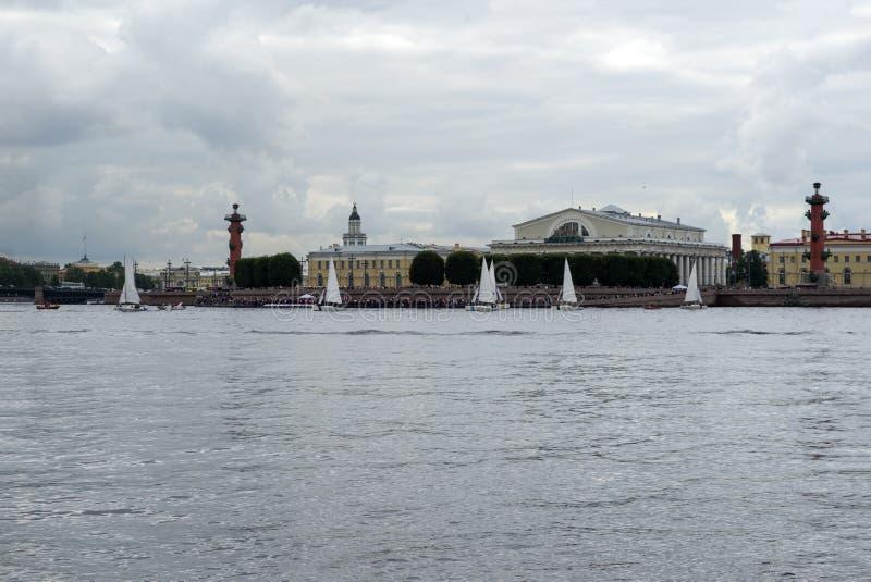 Vue de St Petersburg, rivière de Neva, paysage images libres de droits
