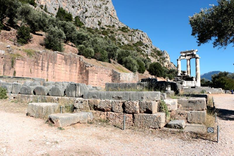 vue de temple d'Athena Pronea Delphi Greece photos libres de droits