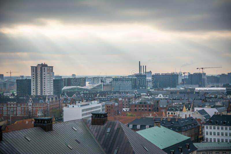 Vue de tour de Christiansborg copenhague denmark photo stock