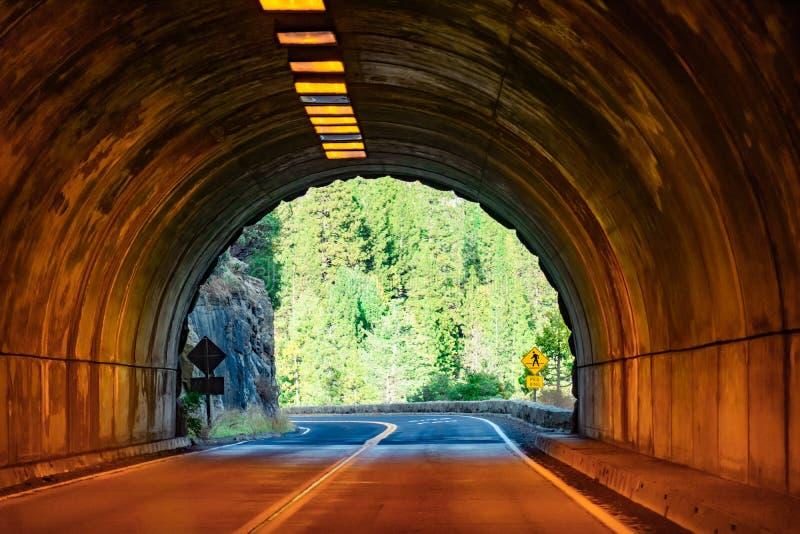 Vue de tunnel de Yosemite à la journée images libres de droits