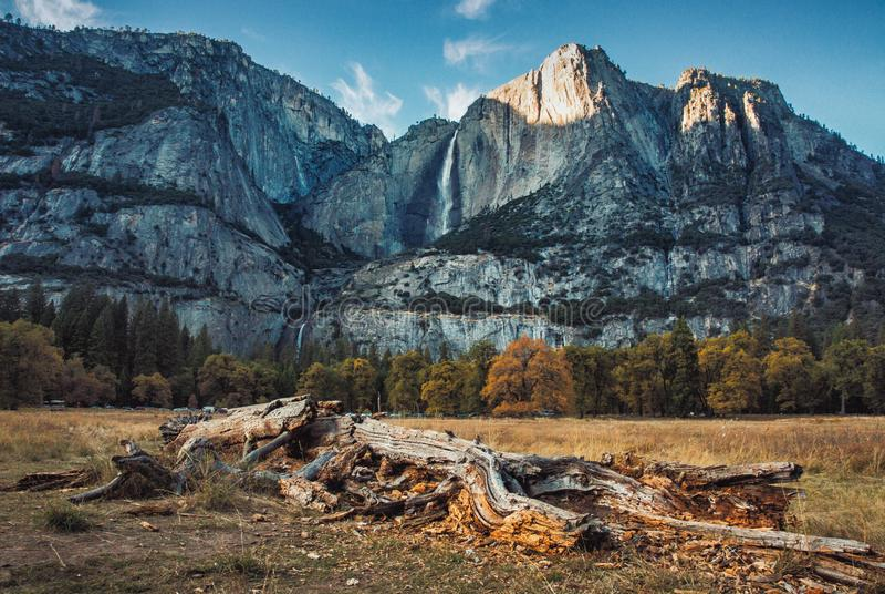 Vue de vallée de Yosemite image libre de droits